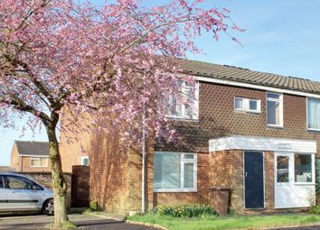 Thumbnail 1 bedroom flat for sale in Cowdray Close, Luton