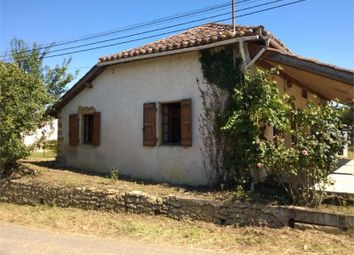 Thumbnail 3 bed farmhouse for sale in Midi-Pyrénées, Gers, Riscle Proche