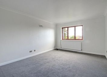 Thumbnail 2 bed flat to rent in Wessex Court, 1500 High Road, Whetstone, London