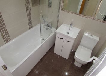 Thumbnail 2 bed flat for sale in 40 Alexandra Road, Aldershot
