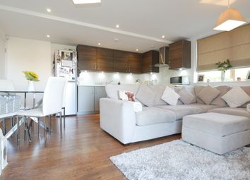Thumbnail 2 bed flat for sale in Drakes Drive, Stevenage