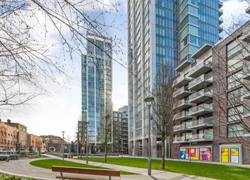 Thumbnail 1 bed flat to rent in Cassia House, Piazza Walk, London