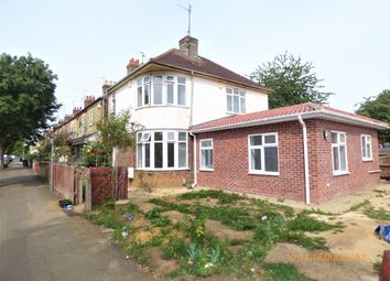 Thumbnail 4 bedroom detached house to rent in West Parade, Peterborough