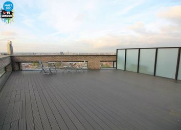 Thumbnail 3 bed duplex to rent in New Drum Street, Aldgate, London