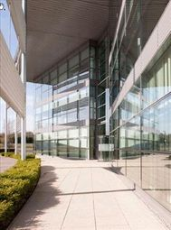 Thumbnail Office to let in Aviator One, Addlestone, Surrey