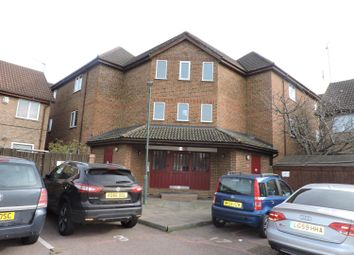 Thumbnail 1 bed flat for sale in Mariners Walk, Erith
