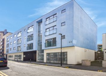3 bed maisonette for sale in Palmers Road, London E2