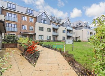 Thumbnail 2 bedroom flat for sale in Institute Road, Taplow, Maidenhead
