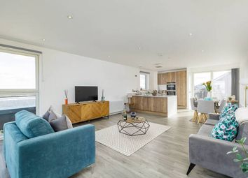 Thumbnail 2 bed town house for sale in Shrubhill Walk, Edinburgh