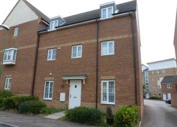 Thumbnail 4 bedroom property to rent in Eddington Crescent, Welwyn Garden City