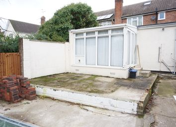 Thumbnail Studio to rent in Meadows Close, Ingrave, Brentwood