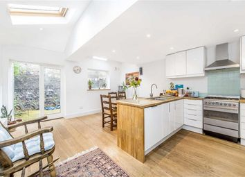 Thumbnail 2 bed property for sale in Battersea Bridge Road, Battersea, London