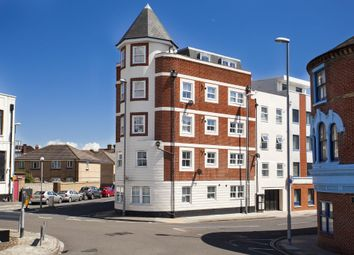 Thumbnail 1 bed flat to rent in Granada Road, Southsea