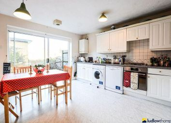 Thumbnail 3 bed town house to rent in Myddleton Avenue, London