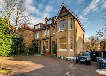 Thumbnail 2 bed flat for sale in Woodside Lane, Finchley