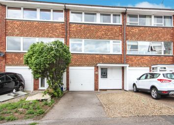 Thumbnail 4 bed town house for sale in Little Thorpe, Thorpe Bay