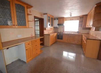 Thumbnail 3 bed bungalow to rent in Reading Road, Winnersh, Wokingham