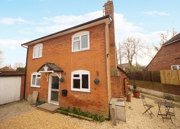 Thumbnail 3 bed cottage for sale in London Road, Odiham