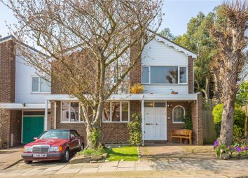 Thumbnail 4 bed property for sale in Hampstead Heights, East Finchley, London