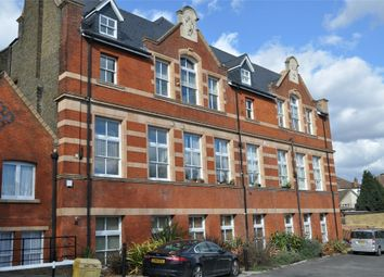 Thumbnail 2 bed flat to rent in Upper Holly Hill Road, Belvedere, Kent