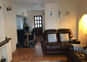 Thumbnail 3 bed detached house to rent in Ashdown Road, Enfield
