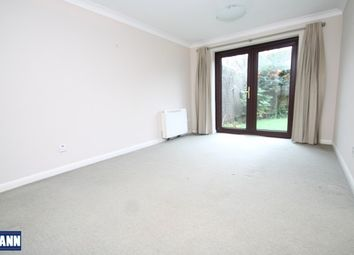 Thumbnail 2 bed flat to rent in Bevans Close, Greenhithe