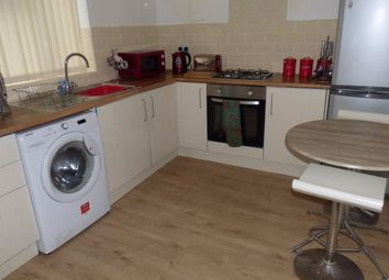 Thumbnail 1 bedroom flat to rent in Causeway Green Road, Oldbury