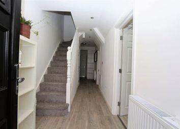 Room to rent in Wanstead Lane, Cranbrook, Ilford IG1