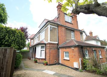 Thumbnail 1 bed flat to rent in Cranes Park Avenue, Surbiton