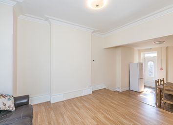 Thumbnail 5 bed property to rent in Newburgh Road, London