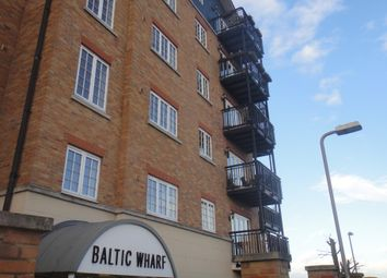 Thumbnail 2 bedroom flat to rent in Clifton Marine Parade, Gravesend Kent