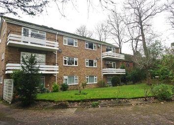 2 bed flat to rent in Pine Grove, Weybridge KT13
