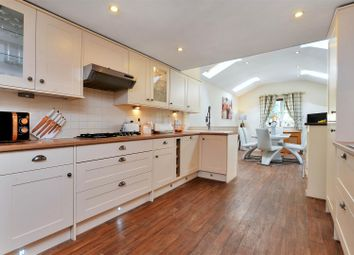 Thumbnail 3 bed cottage for sale in Low Road, Manthorpe, Grantham