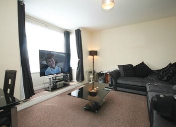 Thumbnail 1 bedroom flat to rent in Drapers Mews, Biscot Road, Luton