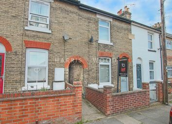 3 bed terraced house to rent in Winchester Road, Colchester CO2