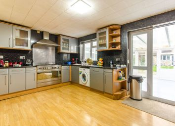 3 bed property for sale in Selborne Road, Wood Green, London N22