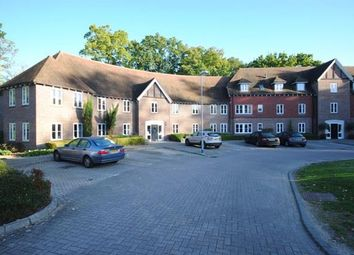 Thumbnail 1 bed flat to rent in Highgrove Avenue, Ascot