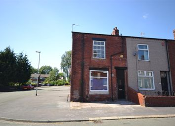 Thumbnail 2 bed flat for sale in Oak Street, Leigh