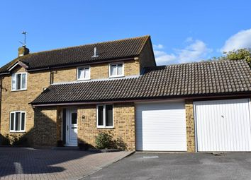 Thumbnail 4 bed detached house for sale in Jedburgh Close, Thatcham