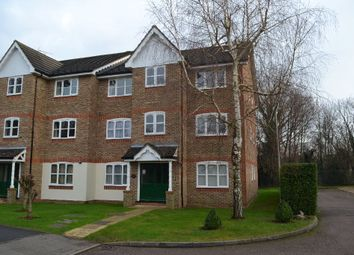 Thumbnail 1 bed flat to rent in Foxlands Close, Leavesden, Watford