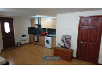 1 bed flat to rent in Long Lane, Hillingdon UB10