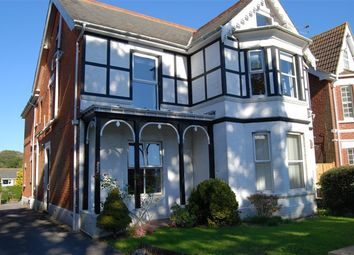 1 bed flat to rent in Lymington Road, Highcliffe, Christchurch BH23