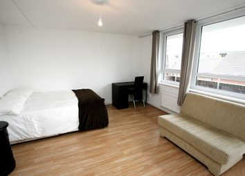 Thumbnail 5 bed flat for sale in Millender Walk, Surrey Quays, London