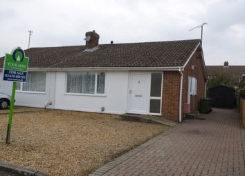 Thumbnail 2 bed bungalow for sale in Fontwell Avenue, Cambridge