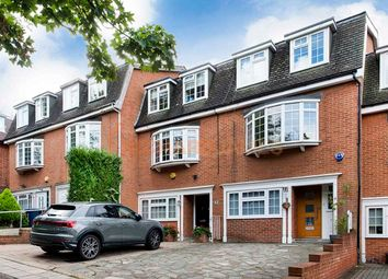 4 bed property for sale in Marsh Lane, London NW7