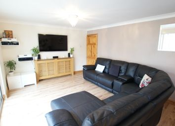 Gillam Way, Rainham RM13. 3 bed terraced house