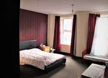 Thumbnail 1 bed flat to rent in Welford Road, Leicester