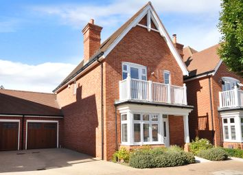 Thumbnail 3 bed link-detached house for sale in Horsham, West Sussex