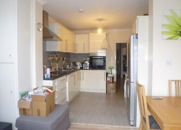 Thumbnail 2 bedroom flat to rent in Rosemary Avenue, Finchley, London