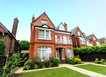 1 bed maisonette to rent in Helena Road, London W5